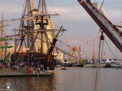 Ungewohnt viel Betrieb im Neuen Hafen.