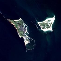 #Helgoland und Düne auf einem Satellitenbild.