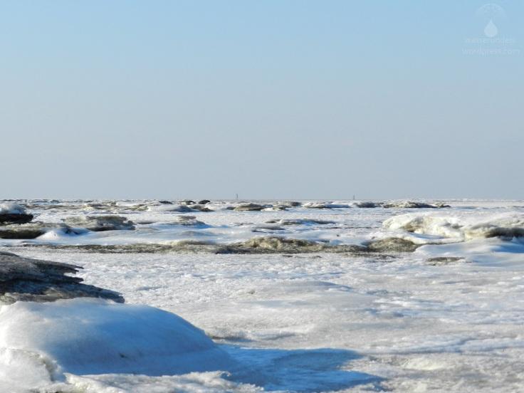 Treibeis und Eisschollen auf der Nordsee.