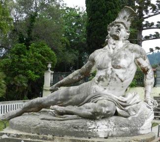 Büste des sterbenden Achilles.