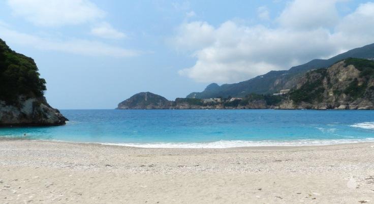Der Strand Rovinia Beach auf Korfu.