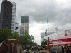 Sammelpunkt der BVB-Fans, der Breitscheidplatz an der Berliner Gedächtniskirche.