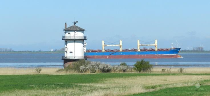 #Leuchtturm Balje Schiff