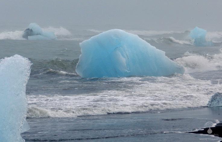 # Eisberge in der Brandung