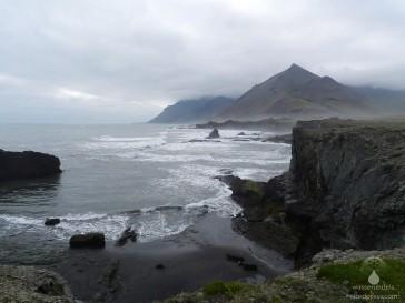 Spektakuläre Landschaft an Islands Ostküste.