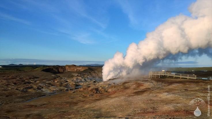 Gunnuhver  Krater Reykjanes Island
