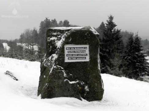 Dem ist nichts hinzuzufügen. Außer das der Gipfel des Clemsbergs von Menschenhand geschaffen wurde.