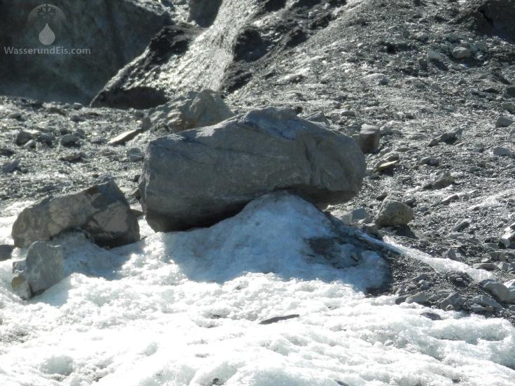 Gletschertisch Gletscherzunge Morteratschgletscher