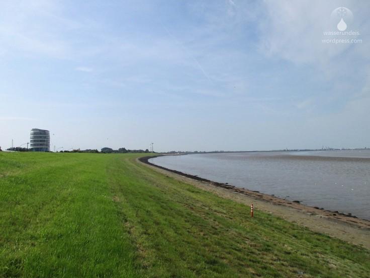 Seedeich Bremerhaven OTB Hafen