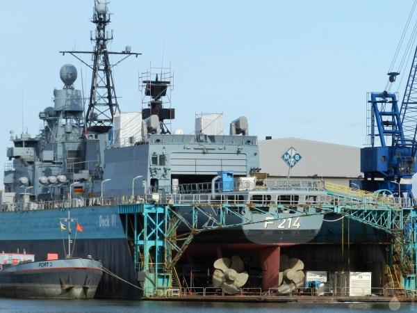 Fregatte Dock Werft Marine