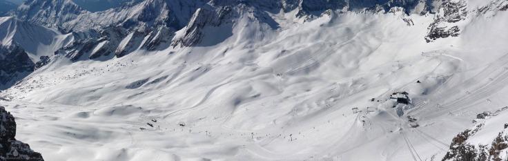 Panorama Skigebiet Zugspitze Gletscherskigebiet