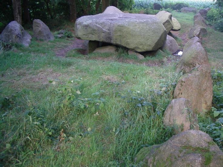 Megalithanlage Grabanlage Findlinge