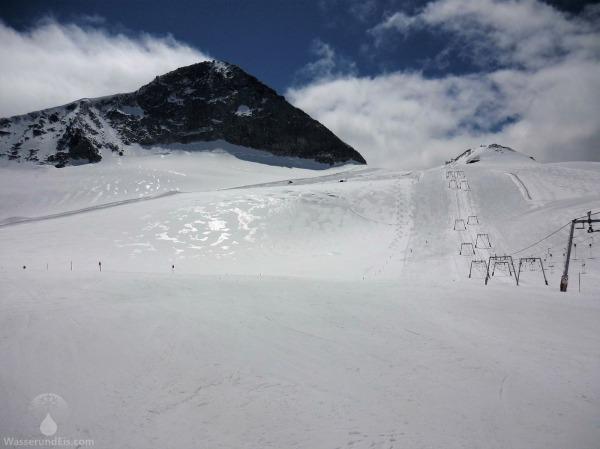 Gletscherskigebiet unterhalb des Olperers am Hintertuxer Gletscher.