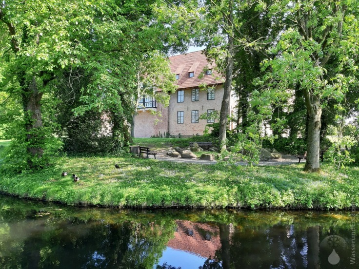 Burg Bederkesa Wassergraben