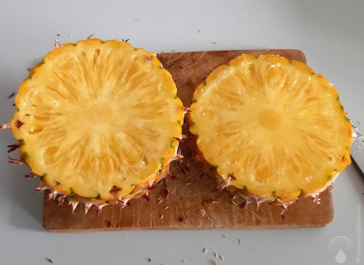 #Ananas aufgeschnitten