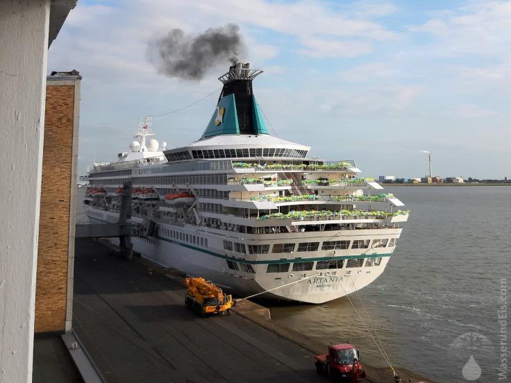 #Artania Bremerhaven Kreufahrt