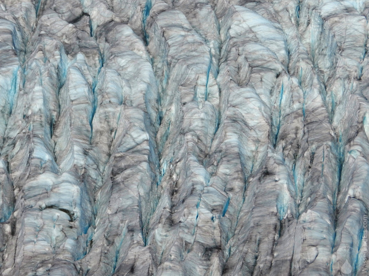 Gletscherspalten auf dem Großen Aletschgletscher.