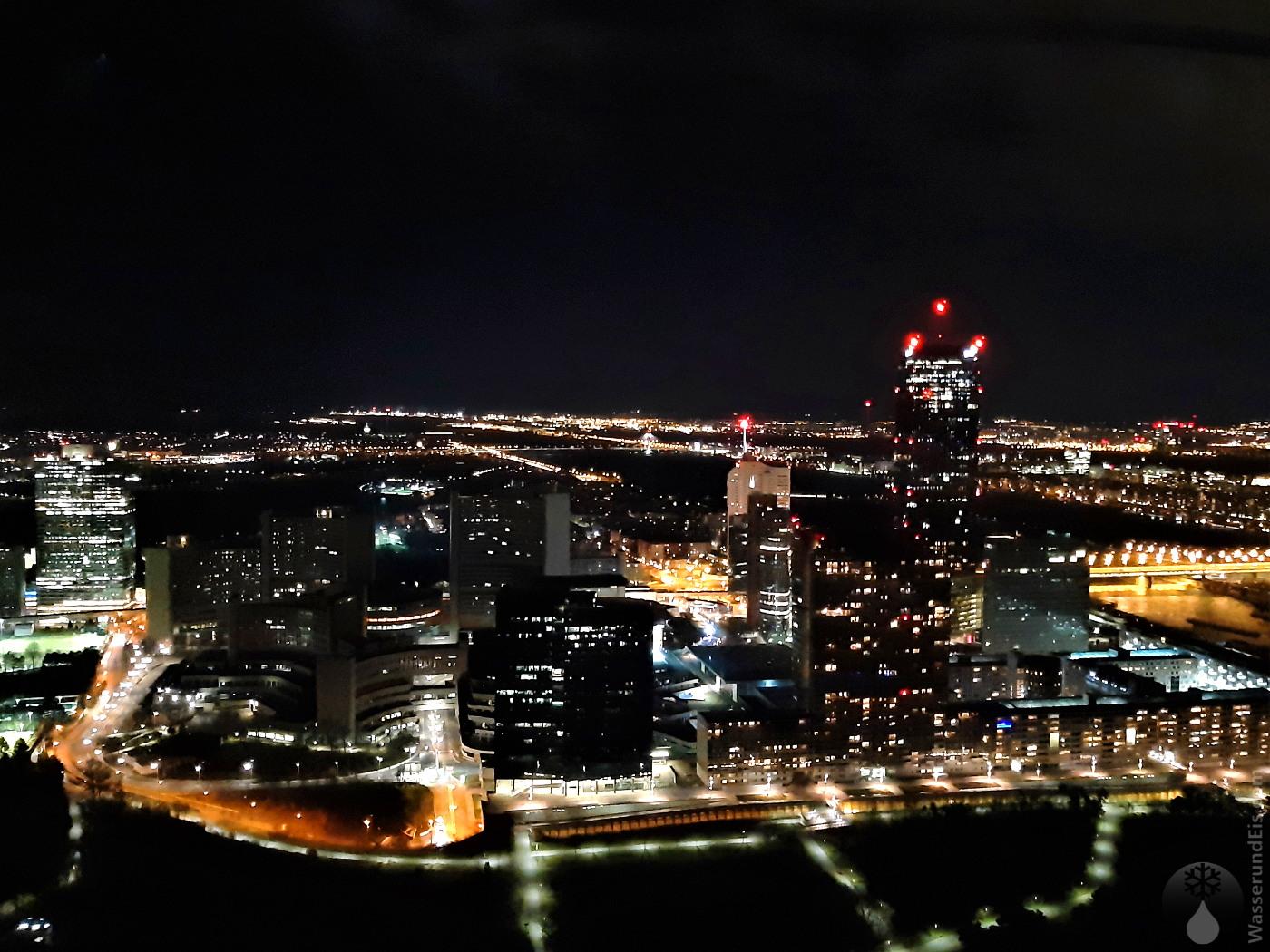 Skyline Wien bei Nacht