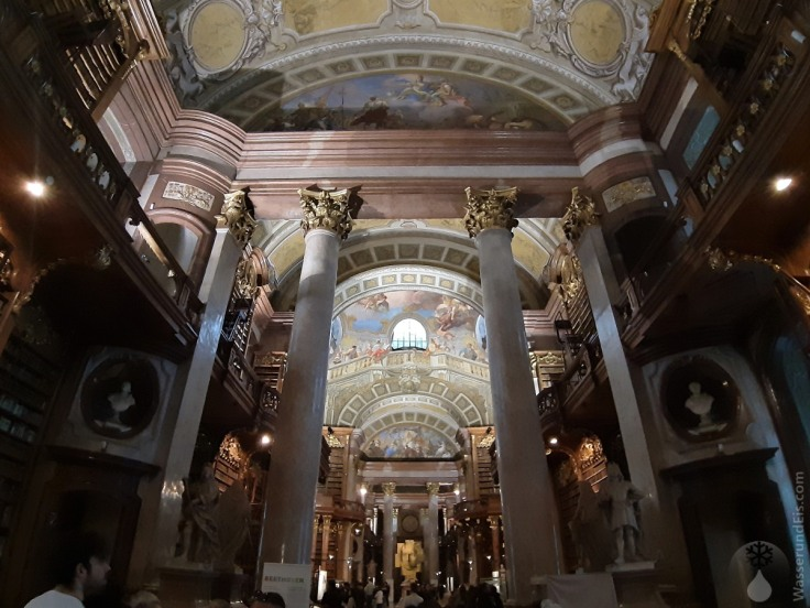 #Säulen Prunksaal Österreichische Nationalbibliothek 2020