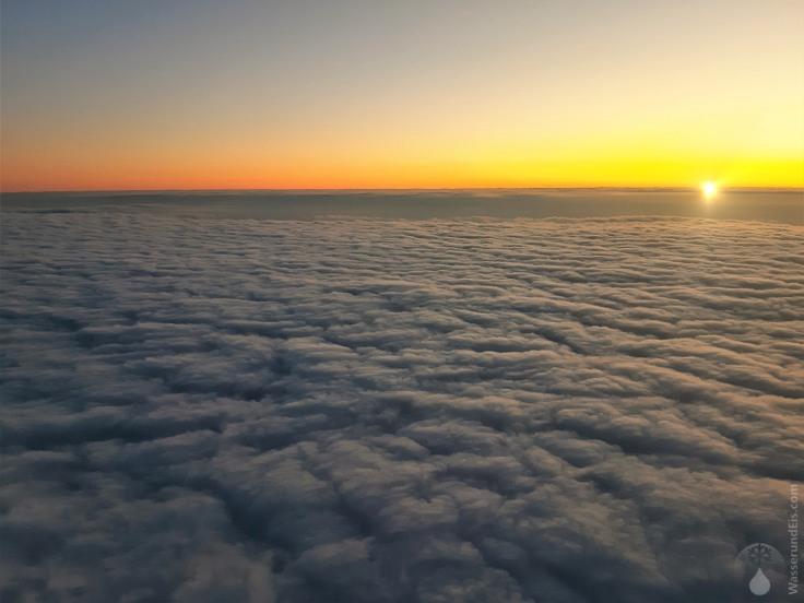#Sonnenaufgang Flug Wien 2020