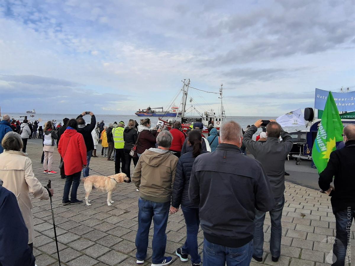 #Wattenmeerschutz Cuxhaven Elbvertiefung Demonstration