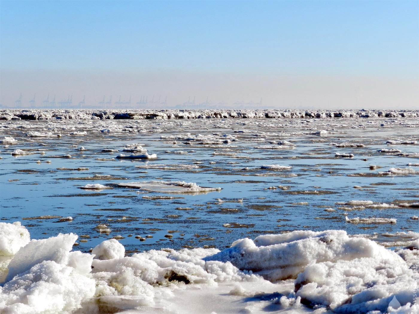 #Eisschollen Nordsee 2021 Wesermündung